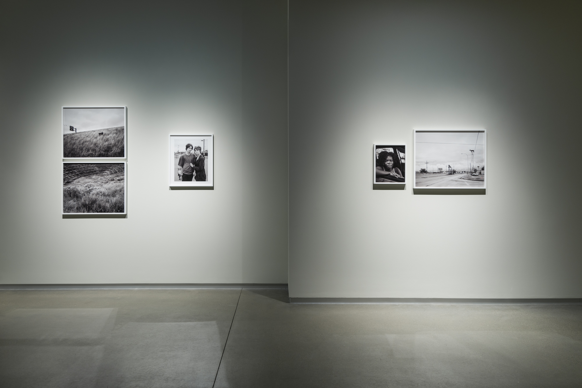 how to create a photography exhibition